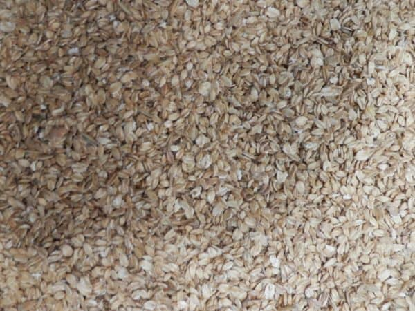 flaked oats for birds